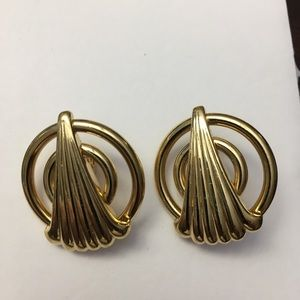 Vintage 80's Monet Gold Clip-On Earrings